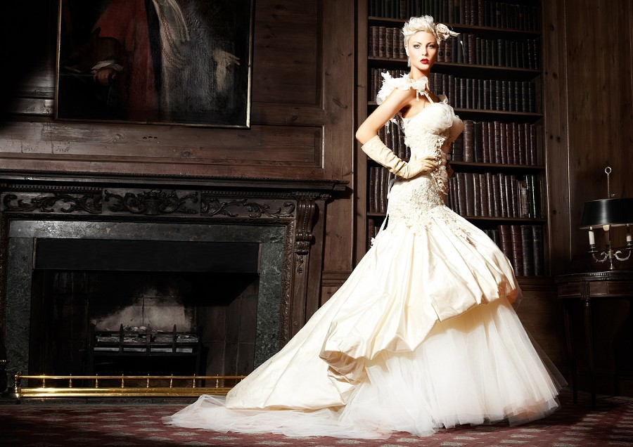Inspiring-wedding-dresses-2012-bridal-gown-barryjeff-2.full