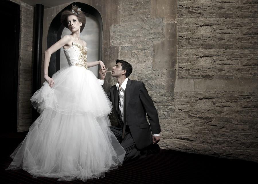 Inspiring-wedding-dresses-2012-bridal-gown-barryjeff-8.full