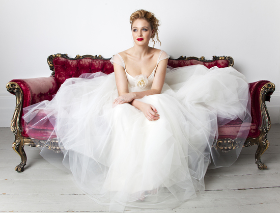 Tulle Ball Gown Wedding Dress: Tulle Ball Gown Wedding Dress With Sheer Cap Sleeves
