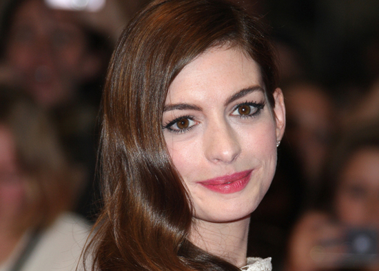 photo of Anne Hathaway's Wedding Dress Diet