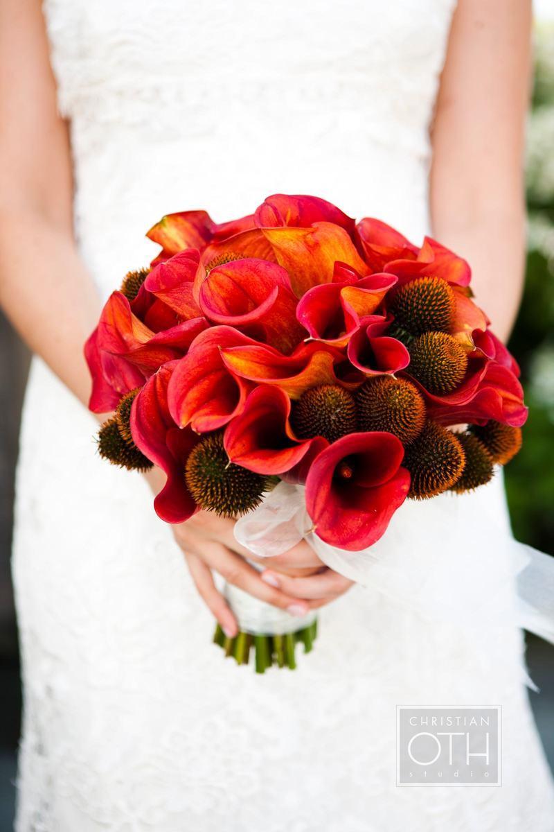 Bright-red-orange-wedding-bouquet-rich-in-texture.full