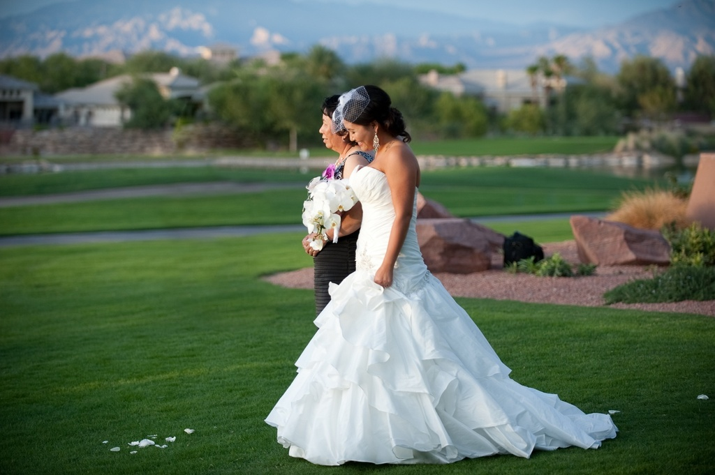 Real Weddings Las Vegas Outdoor Ceremony White Wedding Dress