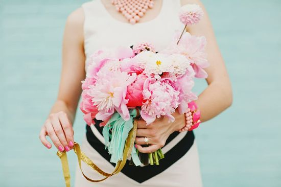 photo of 12 Wedding Flower Color Combos Perfect for Summer