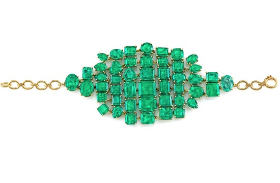 photo of Emerald and gold bridal bracelet