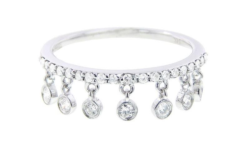 Pave-diamond-wedding-band-with-bezel-fringe.full