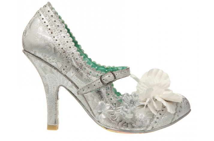 metallic silver wedding shoes funky vintage inspired bridal style