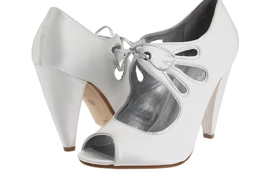 seychelles white bridal booties