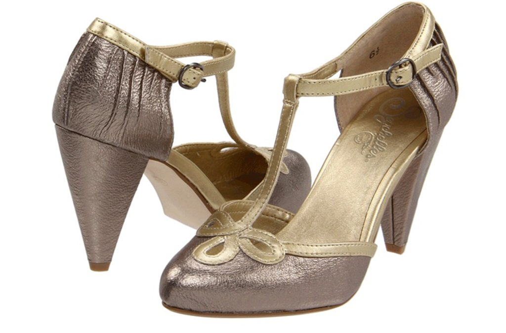 What Color Shoes Match Taupe Dress Style Guru Fashion