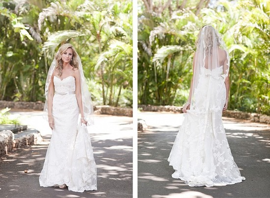Destination wedding in the Dominican Republic lace bridal gown with tulle veil