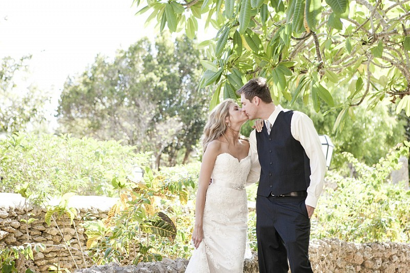 Destination-wedding-in-the-dominican-republic-bride-and-groom-kiss.full