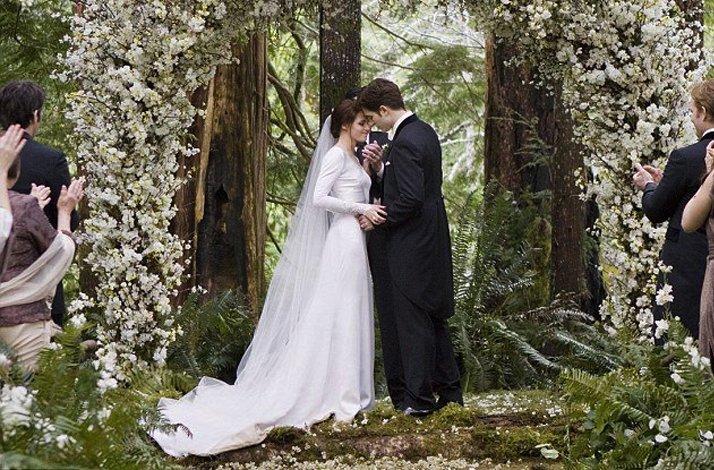 Breaking-dawn-wedding-ceremony.full