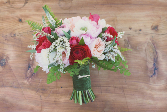 Red and pink romantic modern wedding flowers