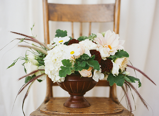 Sophisticated Silicon Valley Wedding - Classic bouquet and centerpieces