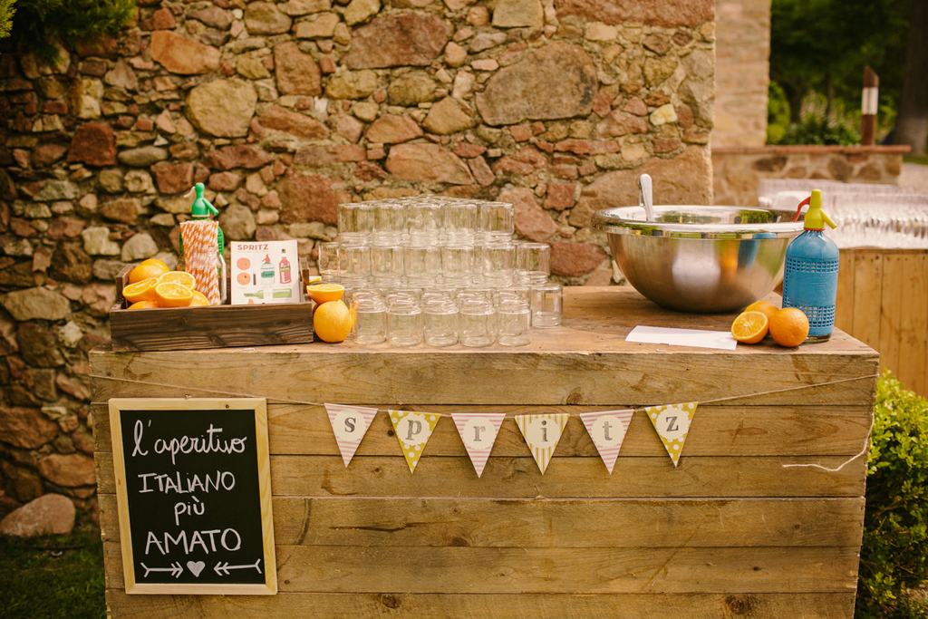 Real-spanish-wedding-otaduy-wedding-dress-outdoor-romantic-reception-beverage-decor.full