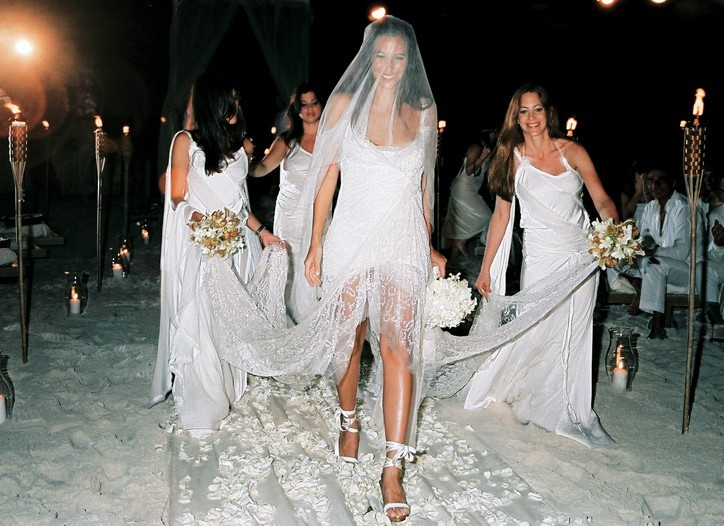Celebrity brides by style gabby karan daring bride for Donna karan wedding dresses