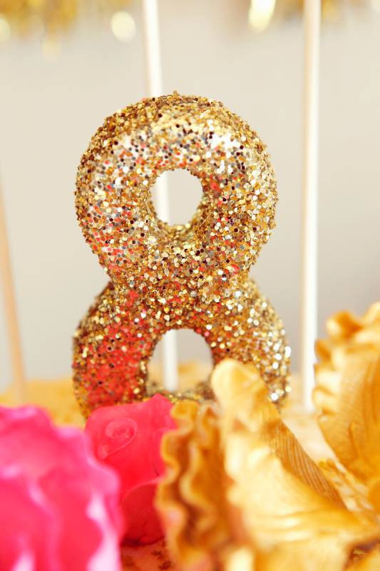 Gold-glitter-wedding-table-numbers-2.full