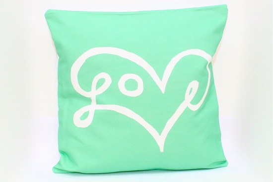 Minty fresh love pillow