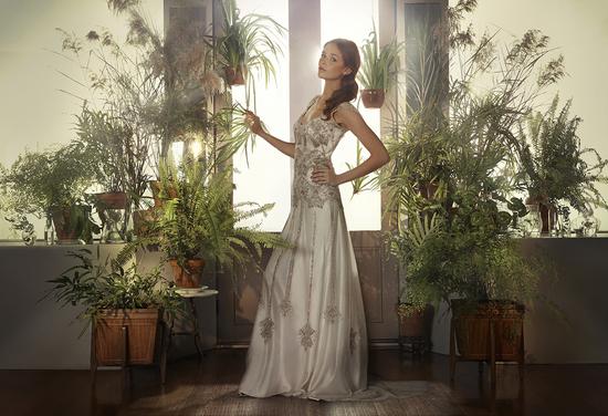 photo of 9 Modern Vintage Wedding Gowns by Gwendolynne