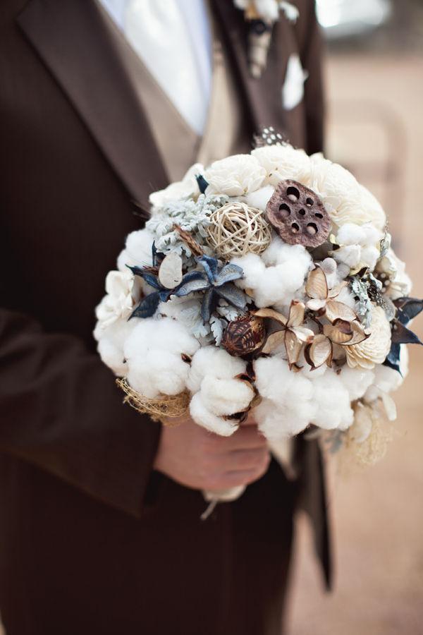 Fall-bridal-bouquets-wedding-flowers-ranch-wedding.full