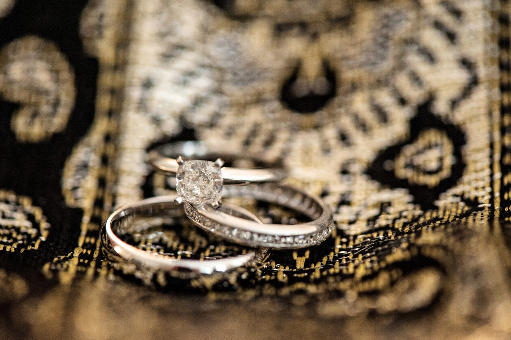 Classic-engagement-ring-with-wedding-bands-photo-for-florida-bride-and-groom.full