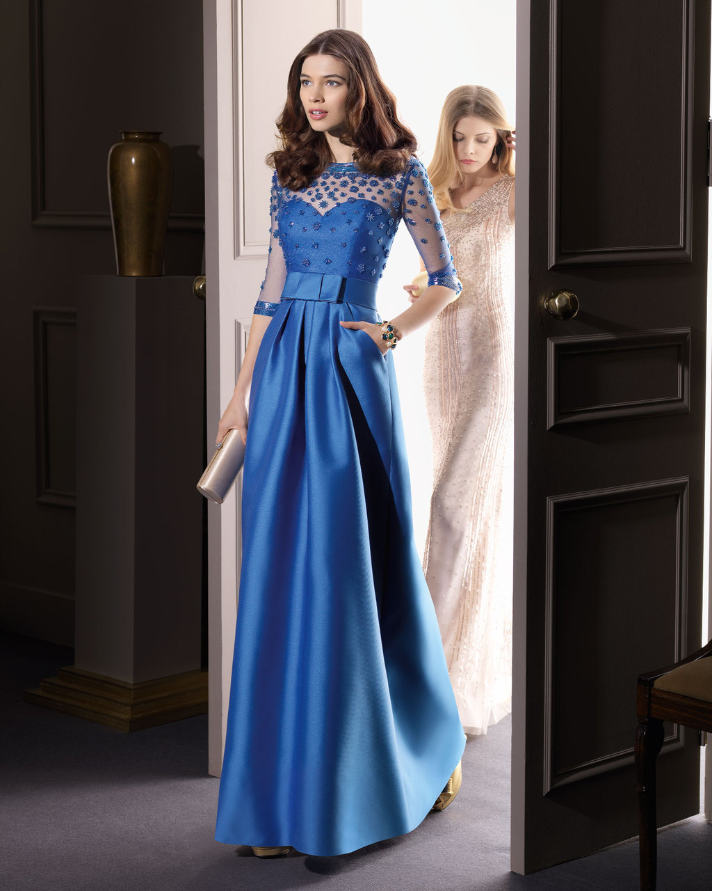 Gorgeous-2014-bridesmaid-dresses-from-aire-barcelona-blue-with-illusion-sleeves-and-pockets.full