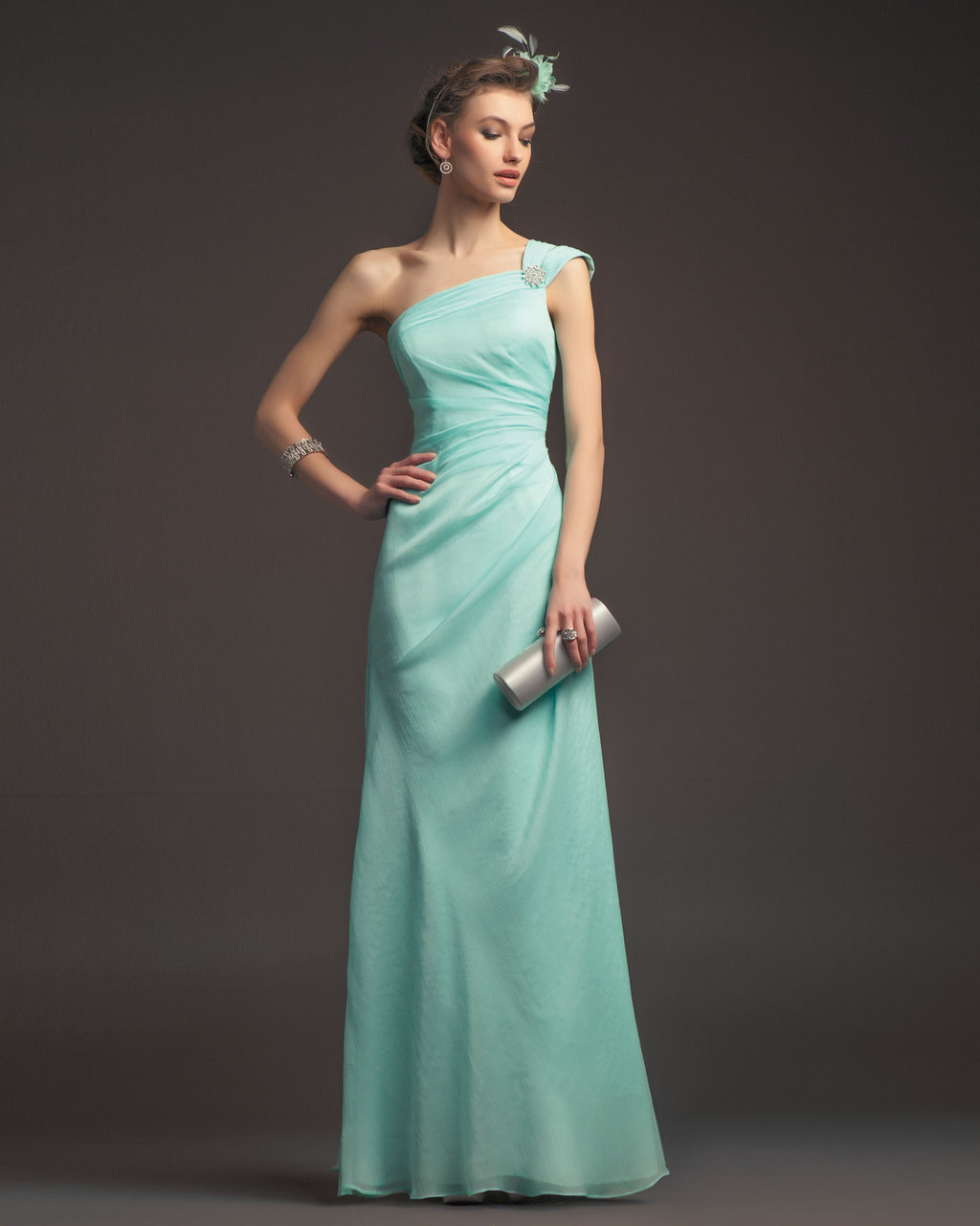 Gorgeous-2014-bridesmaid-dresses-from-aire-barcelona-pale-mint-one-shoulder.full