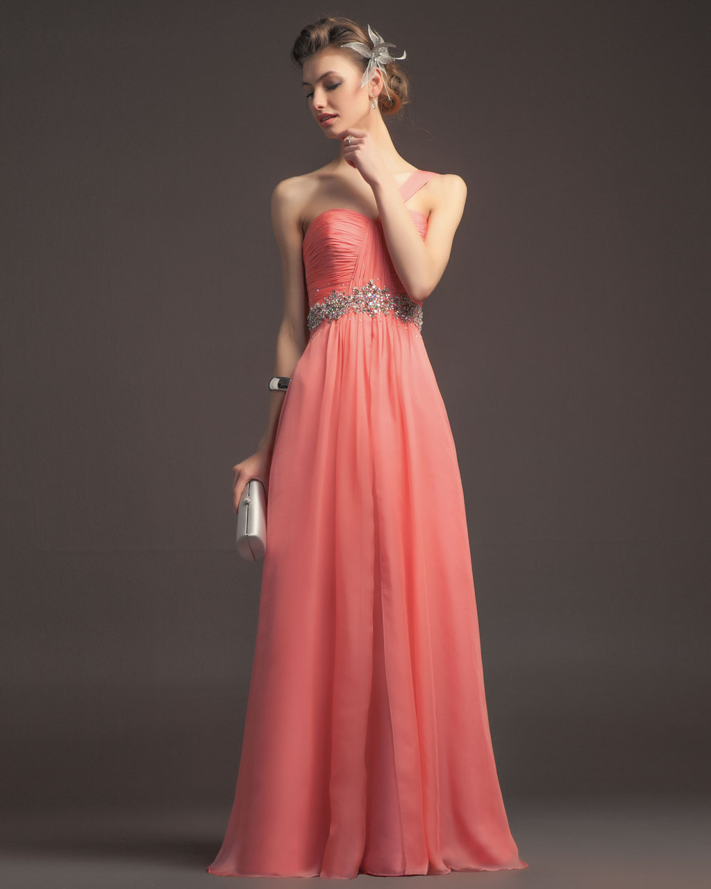 Gorgeous-2014-bridesmaid-dresses-from-aire-barcelona-vintage-pale-peach-chiffon.full