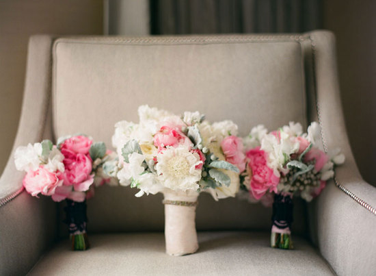 ivory and pink wedding bouquets with dusty miller