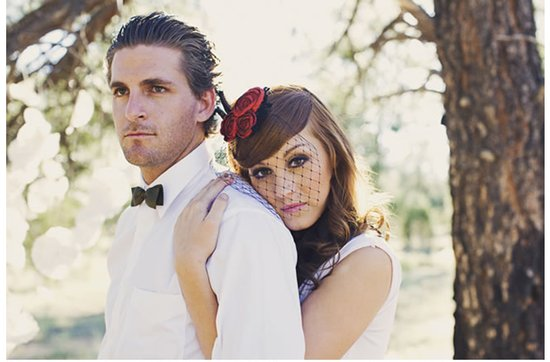 Quirky yet dapper grooms' wearing bow ties- mini bow tie