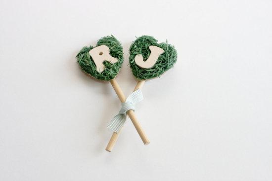 Unique grooms boutonniere with moss and initials