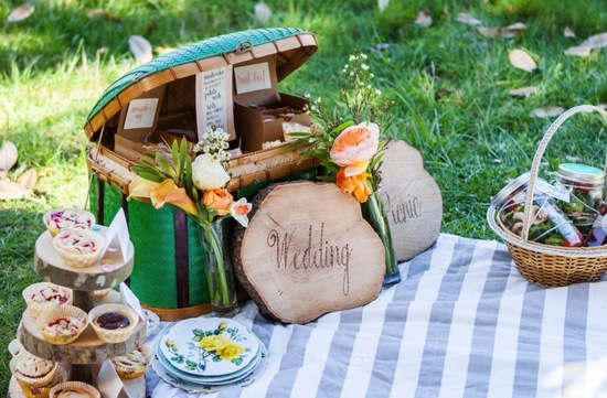 Glamping wedding inspiration rustic picnic