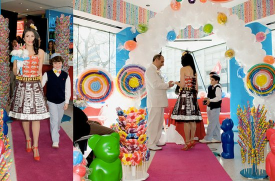 Sensational real wedding photos- saying I Do in Candy Land