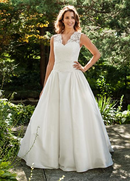 photo of Classic wedding dress by Lea Ann Belter 2013 Bridal Bernadette