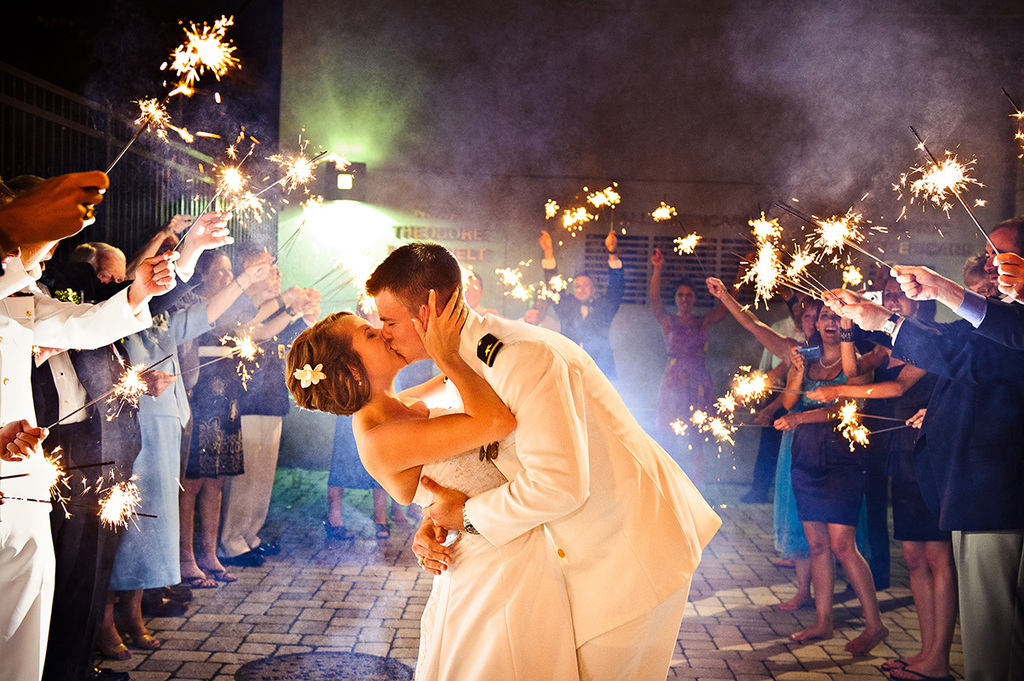 Real weddings with military grooms in uniform- 1