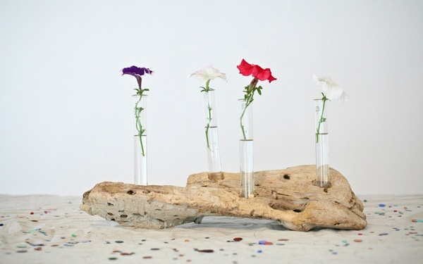 Diy-driftwood-wedding-table-accents.full