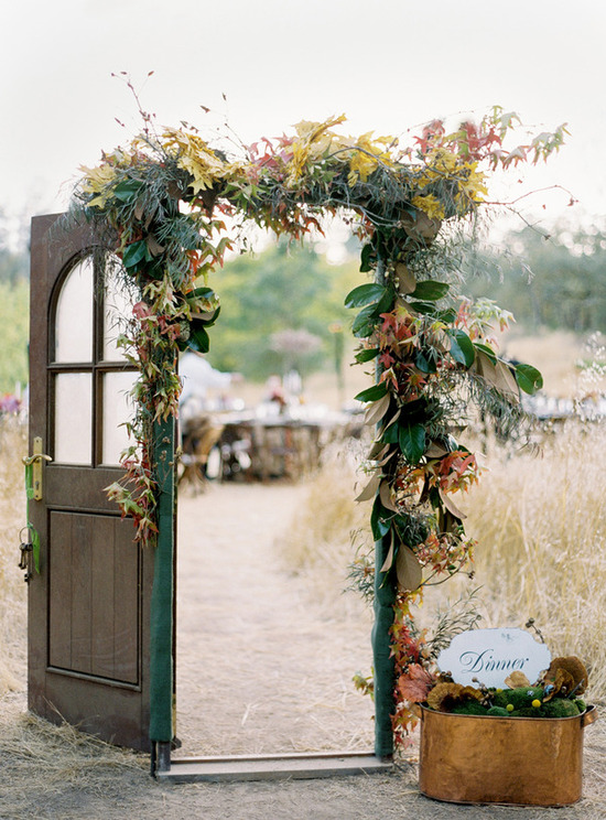 photo of Vintage Wedding Must-Do: Wedding Door Decor