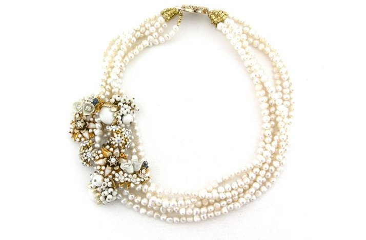 Statement-wedding-necklace-pearls.full