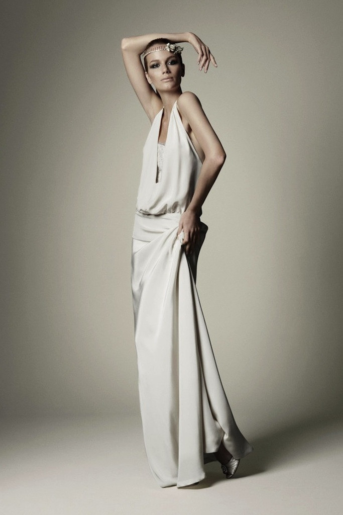 Ivory-crepe-wedding-dress-for-grecian-inspired-brides.full