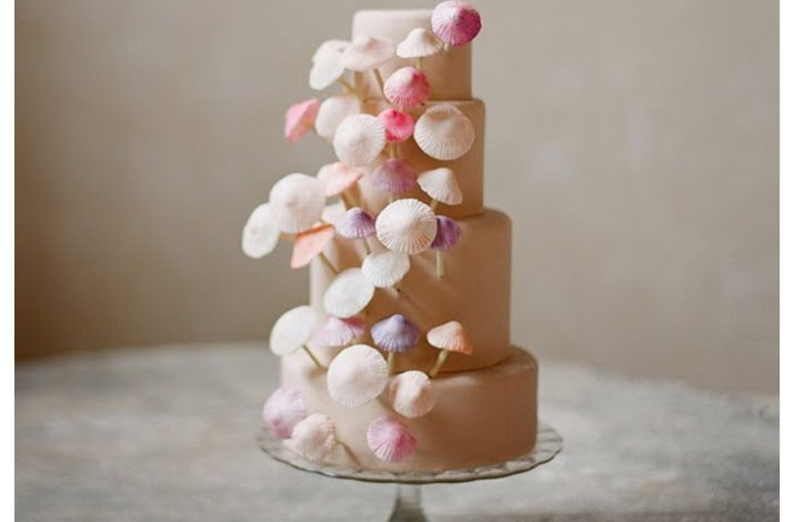 Pretty pink wedding cakes, 11