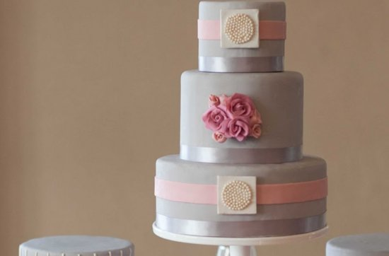Pretty pink wedding cakes, 10