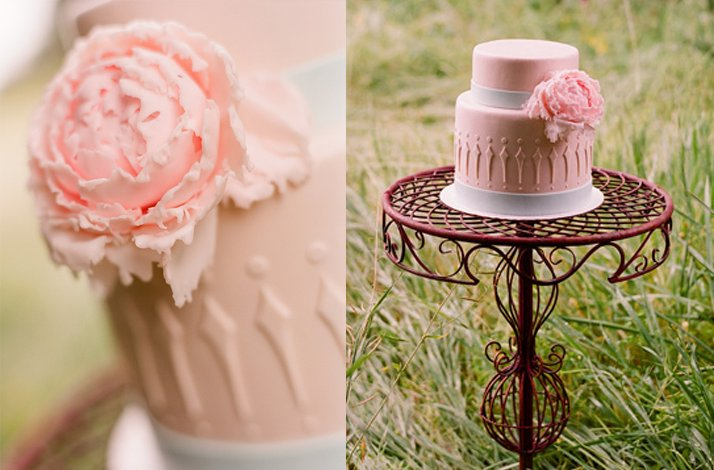 Pretty pink wedding cakes, 9