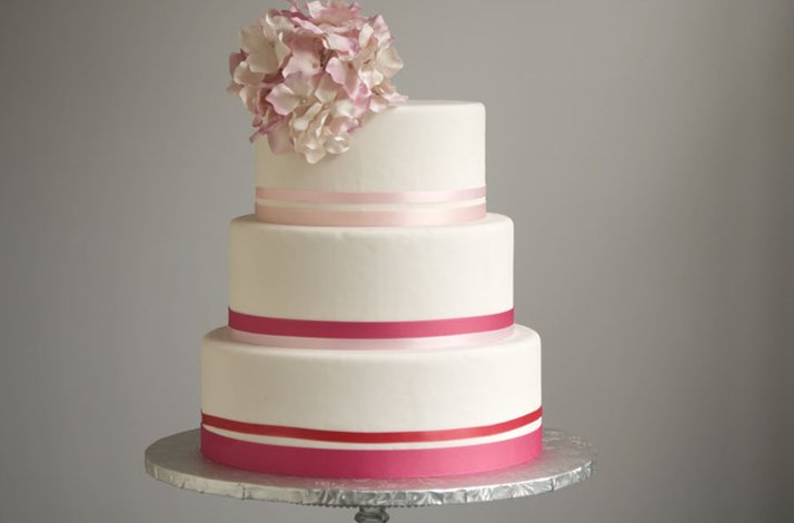 Pink-white-wedding-cake.full