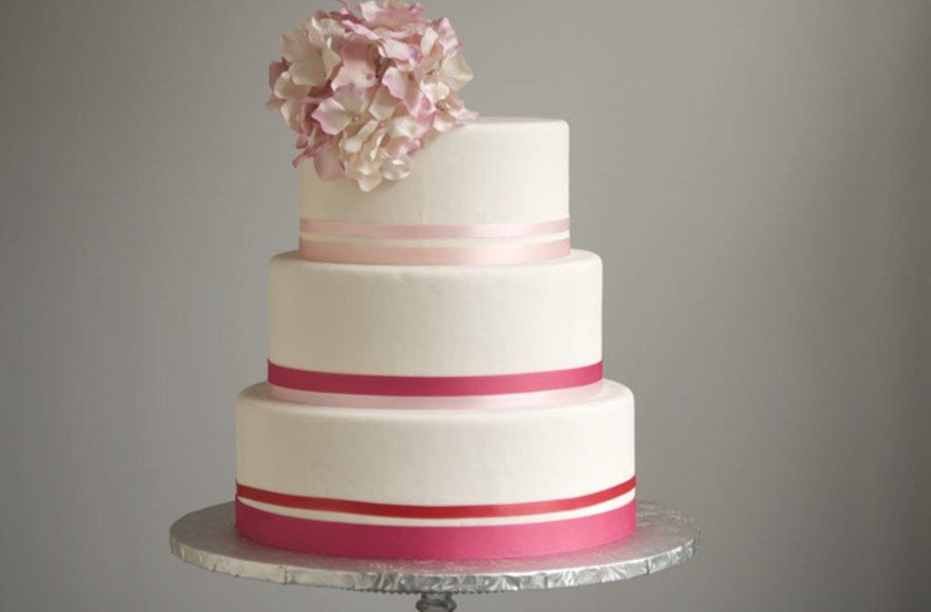 White Pink Modern Wedding Cakes