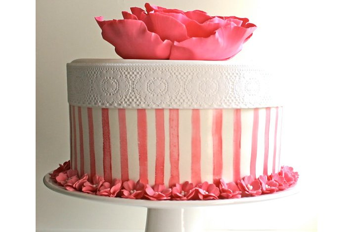 Pretty pink wedding cakes, 5