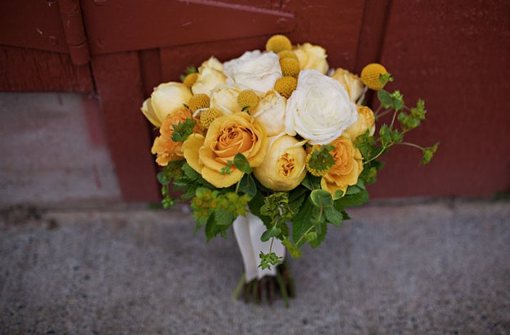White and yellow bridal bouquet, wedding flowers 8