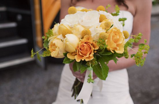 White and yellow bridal bouquet, wedding flowers 7