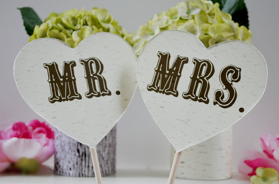 Mr and Mrs birch bark wedding photo booth props