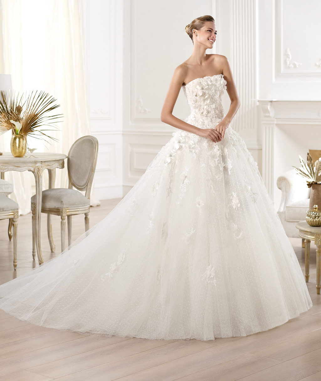 elie saab wedding dress 2014 pronovias bridal mensa