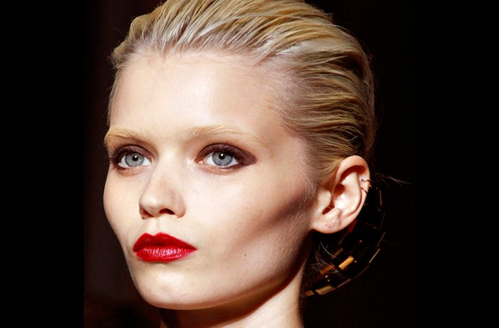 Impact-lip-wedding-makeup-trends.full