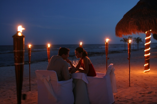 Beachfront candlelit dinner